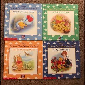 4 Disney booksEUC